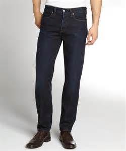 cd37df4bea87f6 Ich denke, dieser Punkt ist selbsterklärend. Ein Paar Jeans, die dir gut  passen, wirst du immer brauchen können und sie werden nie aus der Mode sein.