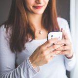 Frauen auf Tinder anschreiben: Die 5 fatalsten Fehler (+ Beispielnachrichten)