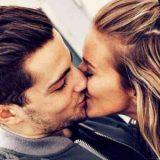 frau richtig küssen