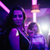 Frauen im Club ansprechen: 10 goldene Tipps