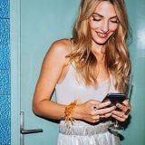Eindeutige Signale einer Frau erkennen: 11 Anzeichen, dass sie via Chat mit dir flirtet